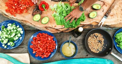 nutritionist makes cooking easy